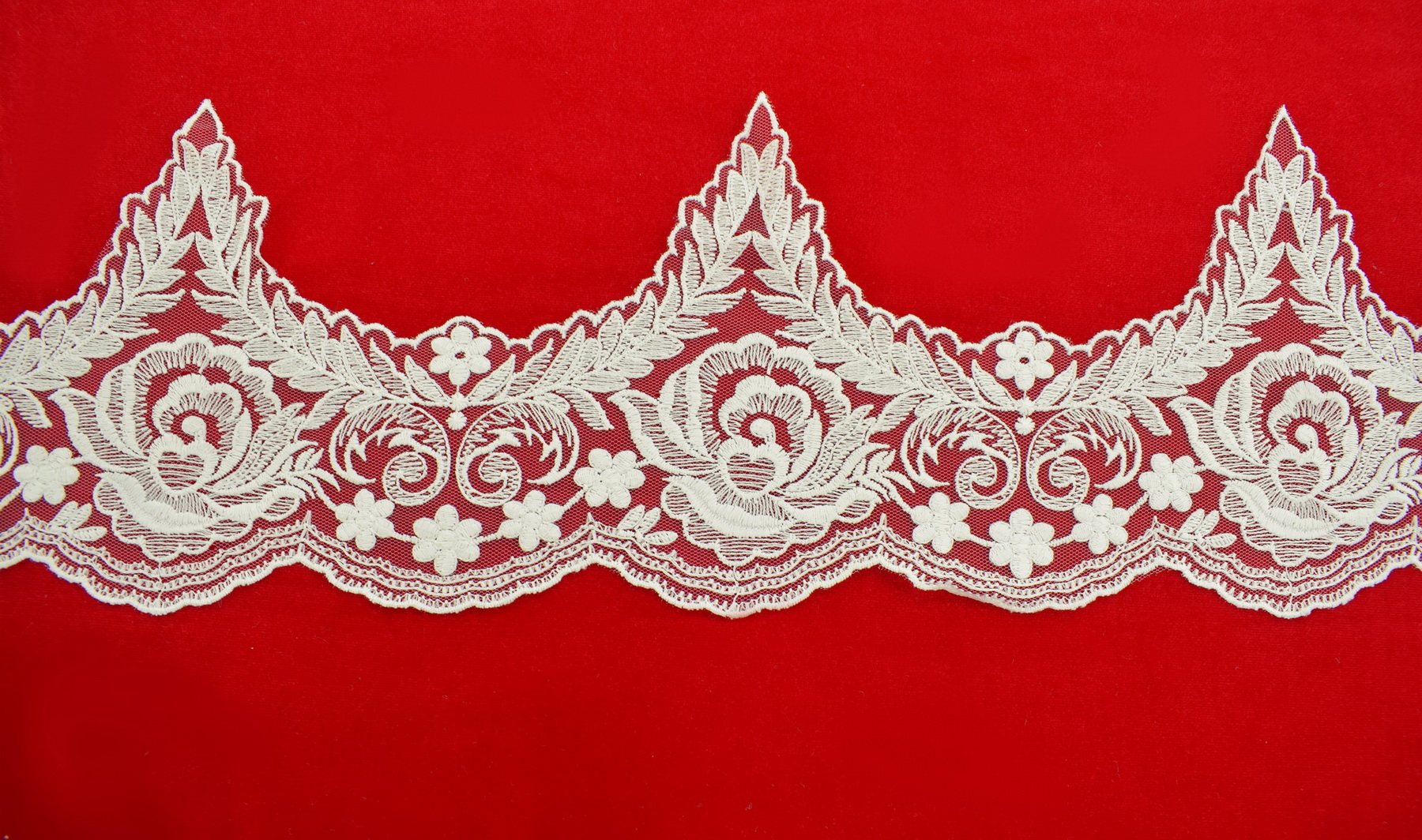 Lace: Not embroidered «F2501»