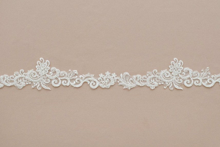 Lace: On veils «88969»