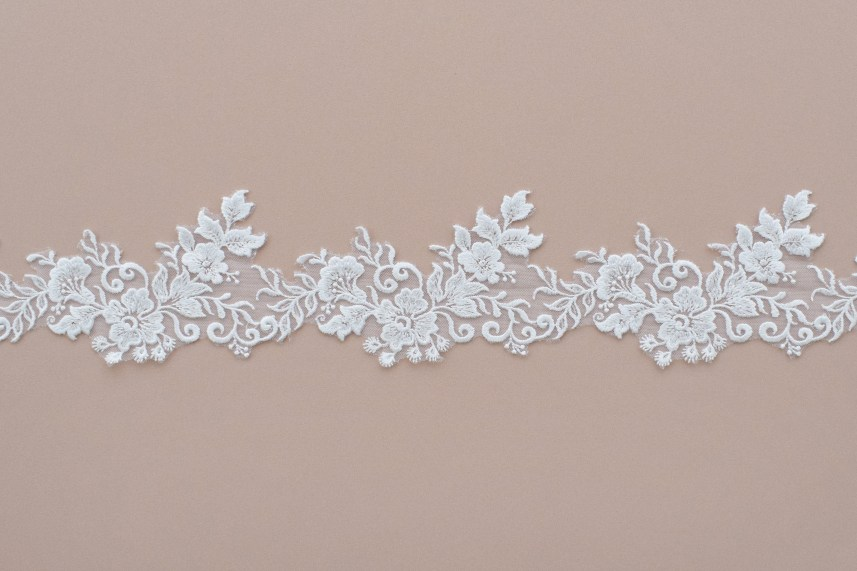 Lace: On veils «83322»