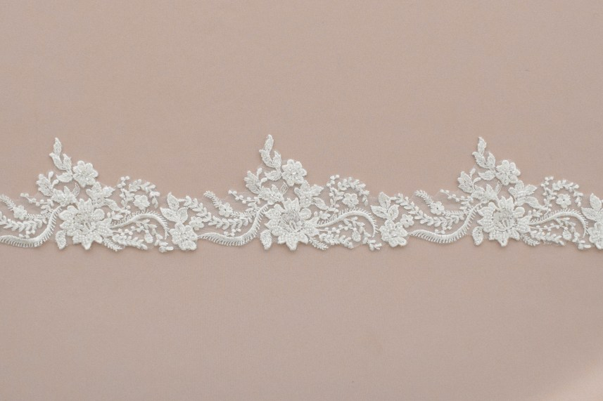 Lace: On veils «89591»