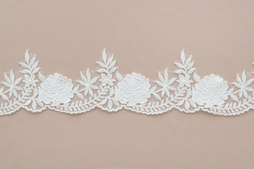 Lace: Not embroidered «88211»