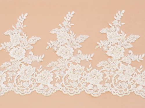 Lace: With cord «65281&raquo